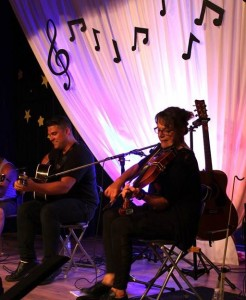 Acadian Kitchen Party following The Vishtèn Concert with Jonny and Louise Arsenault.  Tunes of the fines kind, 9pm, no cover!